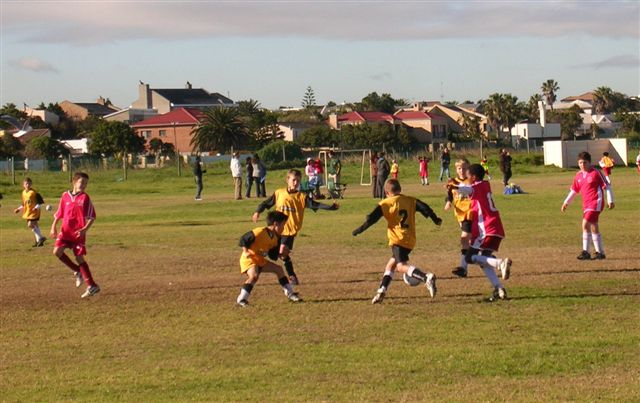 whenever tableview had the ball durbanville closed them down in numbers